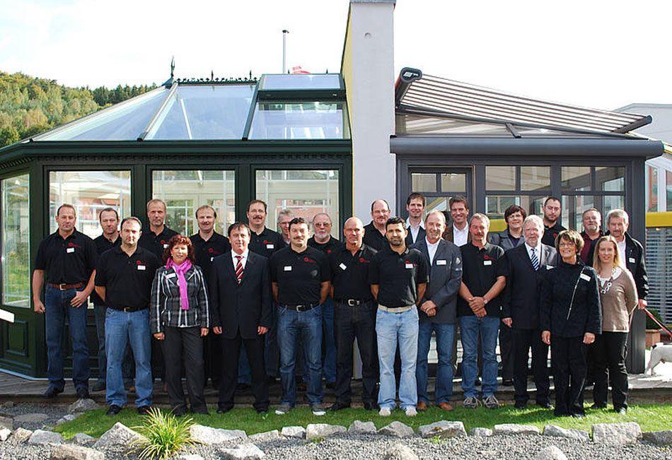 Mitarbeiter der Firma Bechtold GmbH & Co. Fenster KG in Mossautal