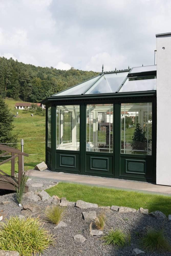 wintergarten die ausstellungsr ume im mossautal. Black Bedroom Furniture Sets. Home Design Ideas